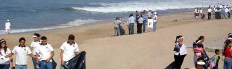 Coronel Celebró el Día Mundial de la Limpieza de Playas